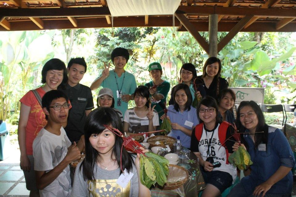 "20/05/12 HIMANDA慈善之旅""爱人如己""——参访Putra Nusa孤儿院"