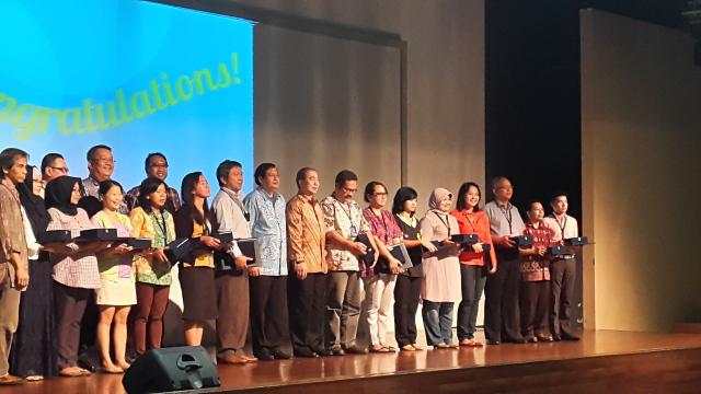 林老师(Sugiato Lim)获得最佳教学奖