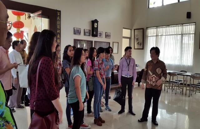 Kunjungan Ke Yayasan Dana Sosial Priangan Bandung (2)