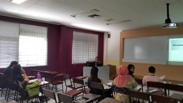 Lecturer Series Menyiapkan Artikel Ilmiah 2