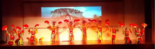Tarian Nusantara (SMA Pa Hoa)