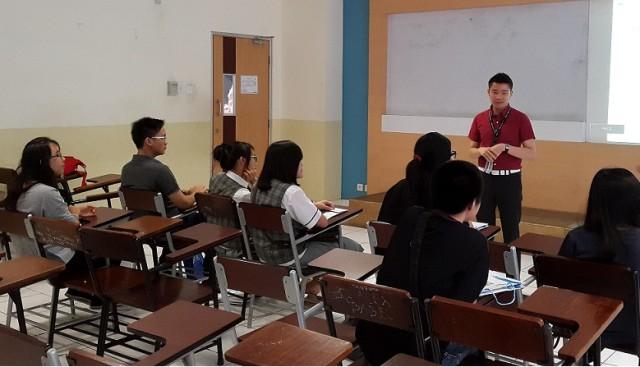 Perkenalan Jurusan Sastra China BINUS oleh Sugiato Lim laoshi
