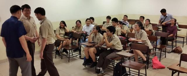 201512-Trial Class Sastra China BINUS-2