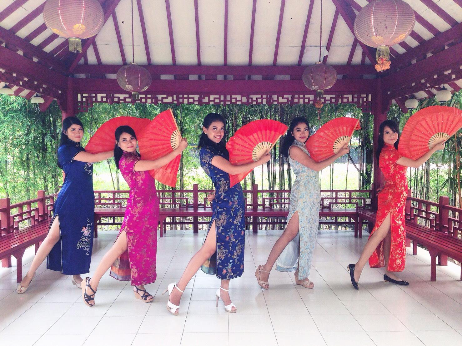 Butterfly Dream Dance Group Sastra China BINUS-7
