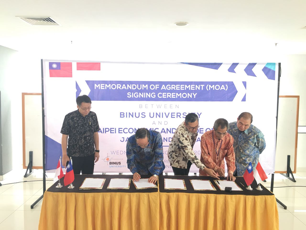 Signing MOA between BINUS University and Taipei Economic and Trade Office